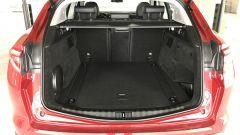 Alfa Romeo Stelvio: il bagagliaio da 525 litri