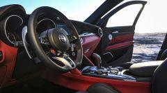 Alfa Romeo Stelvio Quadrifoglio 2020, gli interni