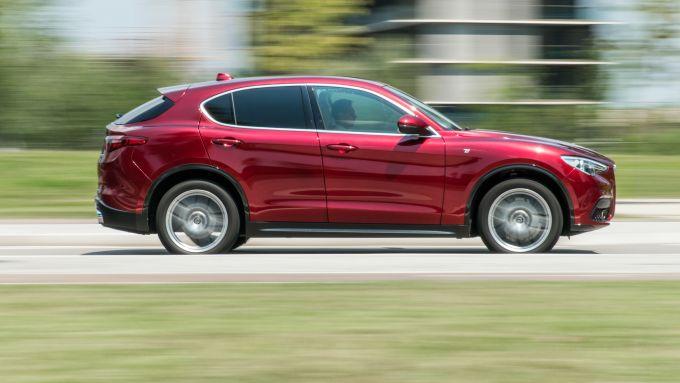 Alfa Romeo Stelvio Ti: precisa su strada e altrettanto confortevole