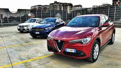 Alfa Romeo Stelvio vs Mercedes GLC Coupé vs BMW X4  - Immagine: 2