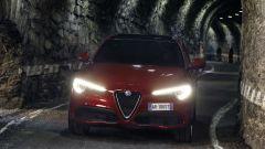 Alfa Romeo Stelvio: richiamo negli USA per infiltrazioni d'acqua