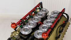 Alfa Romeo V1035, i condotti di aspirazione - foto da Collecting Cars
