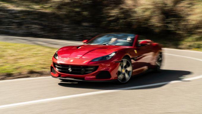 Alla guida della Ferrari Portofino M