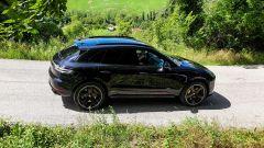 Alla guida della Porsche Macan Turbo 2020