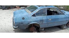 Alla Lancia Beta di Clarkson mancano le ruote e molto altro