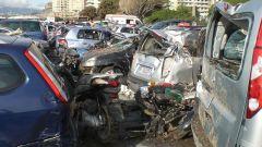 Alluvione a Genova: sul web le auto danneggiate - Immagine: 1