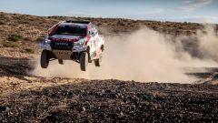 Alonso nel test della Toyota Hilux per la Dakar 2020