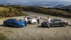 Alpine A110, Alfa Romeo 4C e Porsche 718 Cayman a confronto