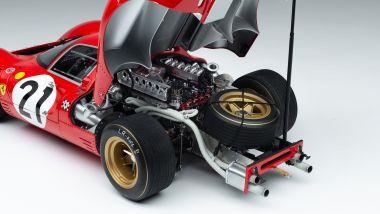 Amalgam Ferrari 330 P4 del 1967: il motore