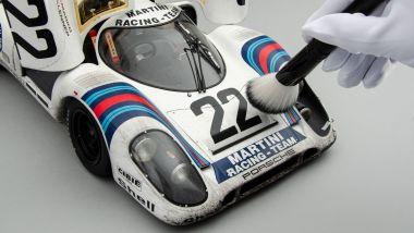 Amalgam Porsche 917K Martini Racing: lavorazione a mano