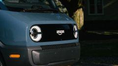 Amazon: il frontale del nuovo furgone elettrico realizzato da Rivian