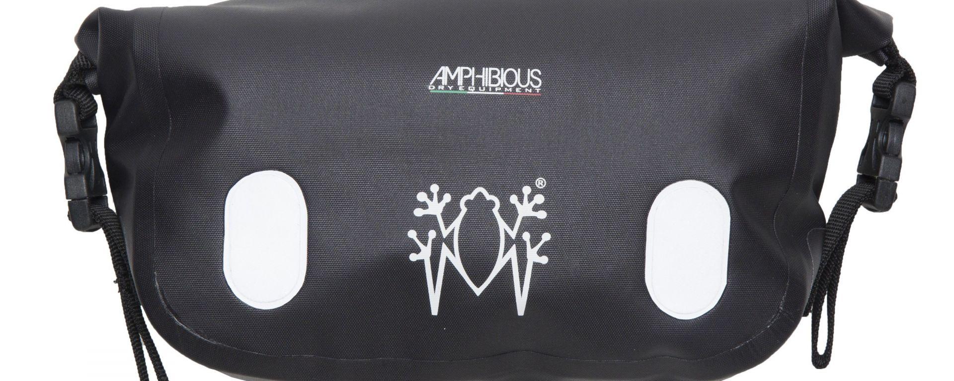 Amphibious Frontbag: altezza 12 cm - lunghezza 25 cm - profondità 6 cm