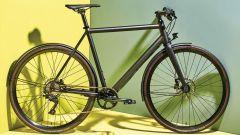 Pedalare in total black: Ampler Curt, e-bike sportiva da città - Immagine: 3