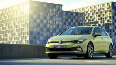 Anche per Volkswagen Golf 2020 arriva il momento di diventare ibrida