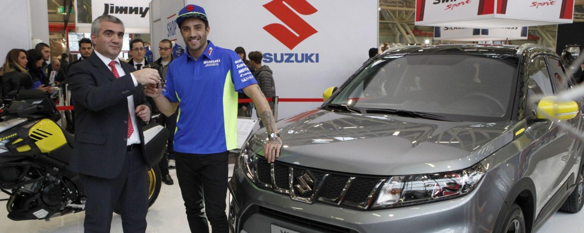 Andrea Iannone e la Suzuki Vitara XT