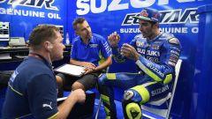 MotoGP 2017: Andrea Iannone racconta la sua caduta ai box nel GP della Repubblica Ceca - Immagine: 1