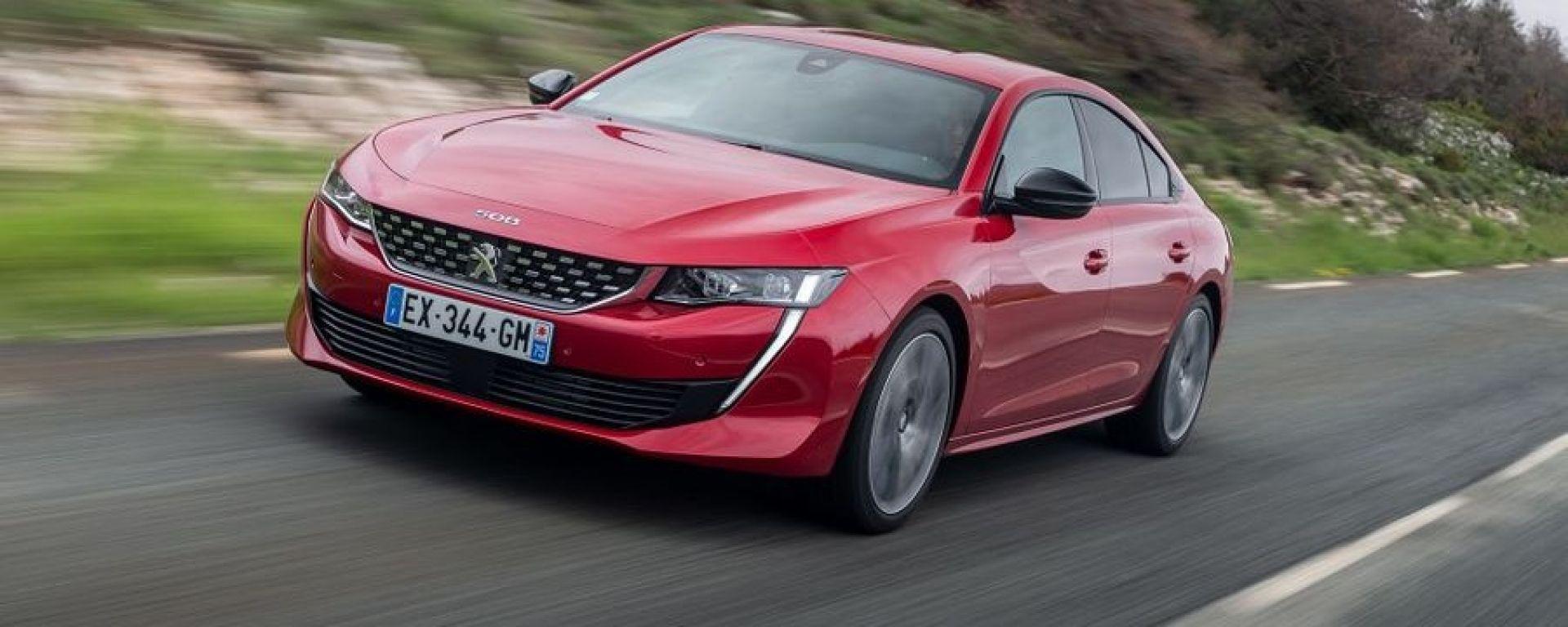 Andreucci e la sua Peugeot 508: ecco come si guida (video)