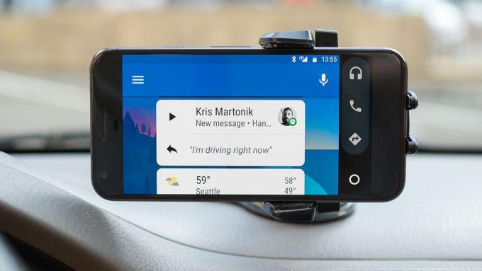 Android Auto funziona anche senza che l'auto sia compatibile
