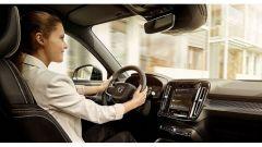 Android Sensus di Volvo sfida l'I.A della Mercedes Classe A