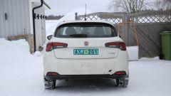 Fiat Tipo 2021: le foto spia del facelift. Ecco come cambia - Immagine: 4