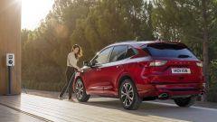 """Nuova Ford Kuga, un Suv """"elettrizzante"""". Ma il diesel resiste - Immagine: 4"""