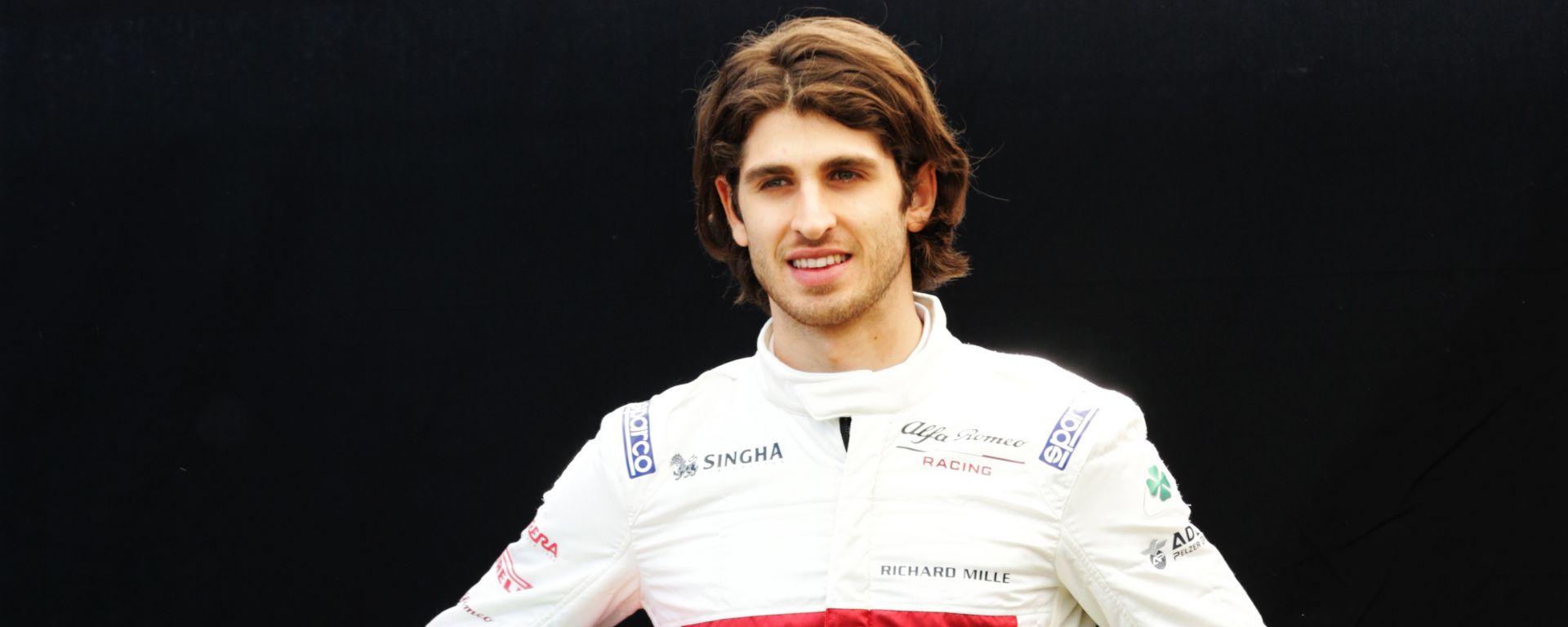 Antonio Giovinazzi #99 F1 2019