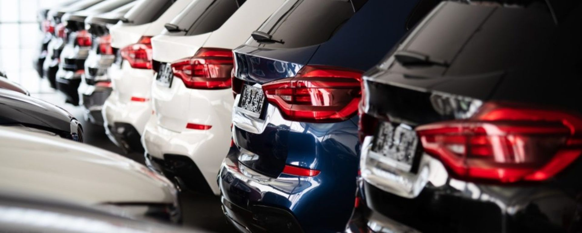 Aprile, auto ancora in rosso: vendite giù del 17,1%