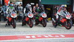 Aprilia Racer Days: in pista con la nuova gamma V4. Info e date - Immagine: 2