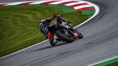 Aprilia Tuono V4 X: che bomba! 221 CV e ali da MotoGP - Immagine: 4