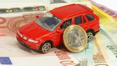 Come risparmiare sull'assicurazione RC Auto in 10 mosse. I consigli