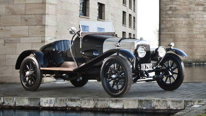 Aston-Martin A3: 3/4 anteriore