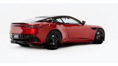 Aston Martin CES 2020: la DBS Superleggera usata per il test del nuovo specchietto retrovisore digitale