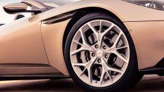 Aston Martin DB11 Volante, a cielo aperto con un V8 AMG - Immagine: 20