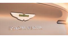 Aston Martin DB11 Volante, a cielo aperto con un V8 AMG - Immagine: 21