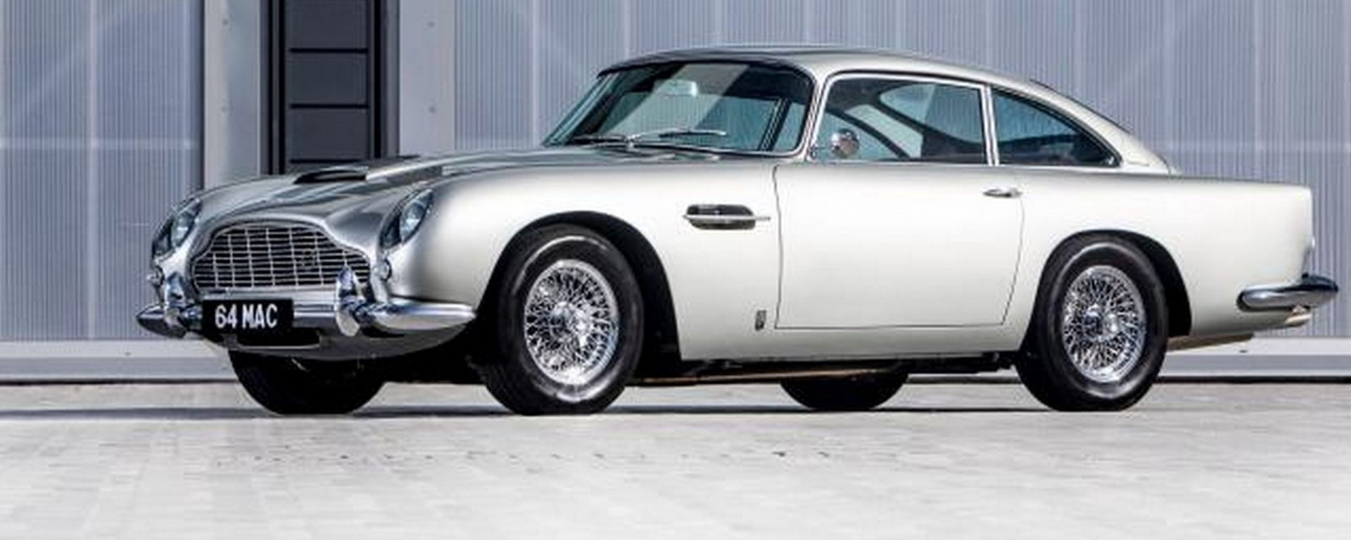 Aston Martin DB5: all'asta quella di Paul McCartney