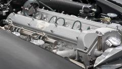 Aston Martin DB5 Goldfinger Continuation: il motore 6 cilindri in linea da 4,0 litri e 290 CV