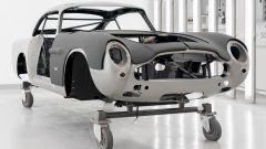 Aston Martin DB5 Goldfinger Continuation: una vista ravvicinata della carrozzeria