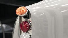 Aston Martin DB5 Goldfinger Continuation: uno dei gadget ispirati a 007