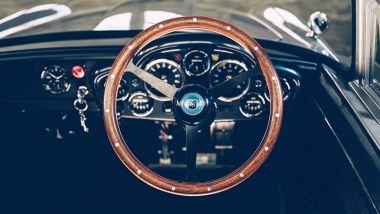 Aston Martin DB5 Junior, il posto guida