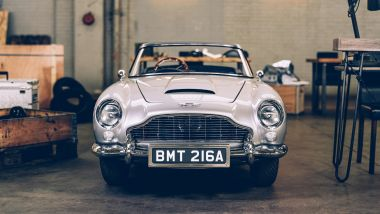 Aston Martin DB5 Junior, visuale frontale