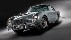 Aston Martin DB5: arriva la replica fedele, gadget inclusi, dell'auto di Bond - Immagine: 2