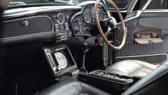Aston Martin DB5: arriva la replica fedele, gadget inclusi, dell'auto di Bond - Immagine: 4