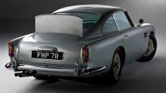 Aston Martin DB5: arriva la replica fedele, gadget inclusi, dell'auto di Bond - Immagine: 6