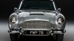 Aston Martin DB5: arriva la replica fedele, gadget inclusi, dell'auto di Bond - Immagine: 11