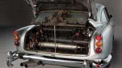 Aston Martin DB5: arriva la replica fedele, gadget inclusi, dell'auto di Bond - Immagine: 7
