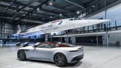 Aston Martin DBS Superleggera Concorde nell'hangar di Bristol