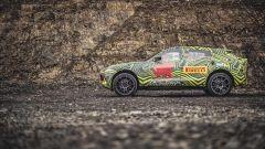 Aston Martin DBX: i test su strada prima del lancio nel 2019 - Immagine: 4