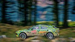 Aston Martin DBX: i test su strada prima del lancio nel 2019 - Immagine: 8
