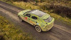 Aston Martin DBX: i test su strada prima del lancio nel 2019 - Immagine: 1