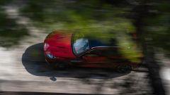 Aston Martin DBX: visuale dinamica dall'alto